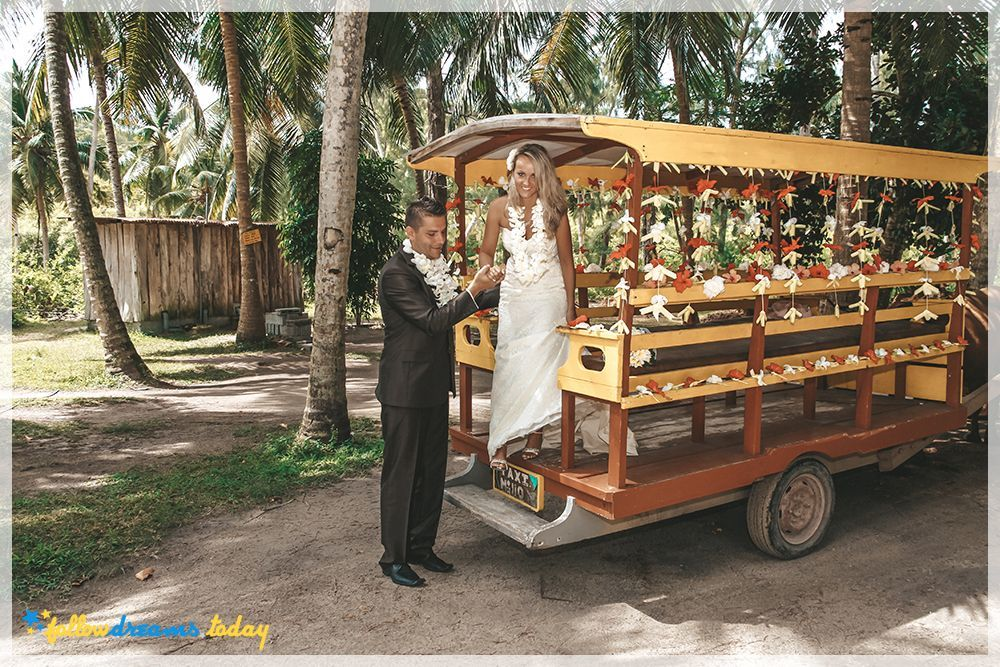 Wedding on la digue island